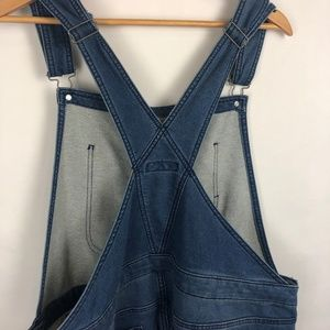 Mossimo Supply Co. Jeans - NWT Mossimo Supply Co. Denim Overalls